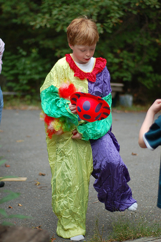 How to Make a Clown Costume