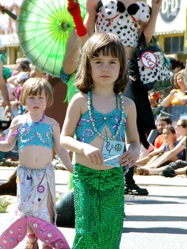 How-to-Make-a-Mermaid-Costume