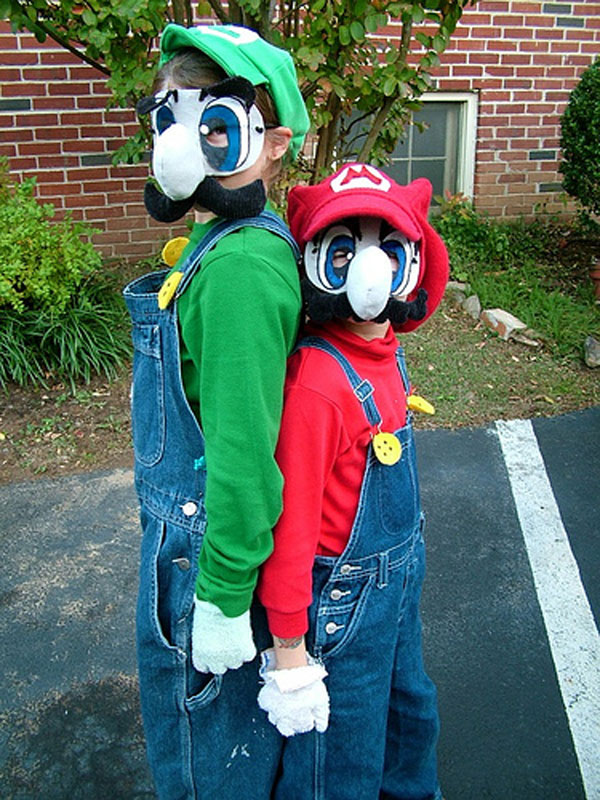 How-to-Make-Mario-&-Luigi-Costumes
