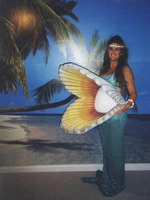 Pregnant-Mermaid-Pearl-Costume