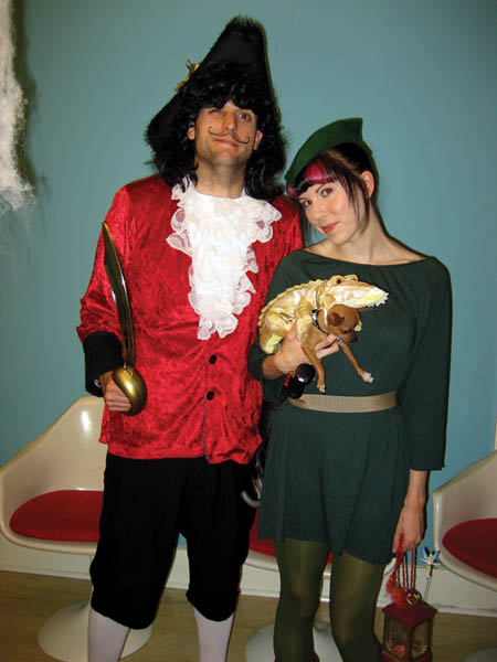 peterpan-hook-crocodile-group-costumes