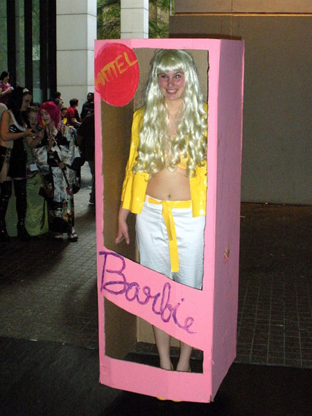 barbie-costume-in-box