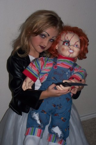 how to make a girl chucky costume