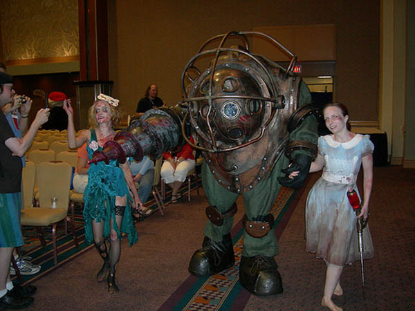 bioshock-big-daddy-little-sister-costumes