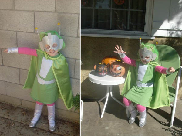 A great role model for girls robots and martians everywhere... itu0027s a Super Martian Robot Girl costume ... & Super Martian Robot Girl Costumes | Costume Pop