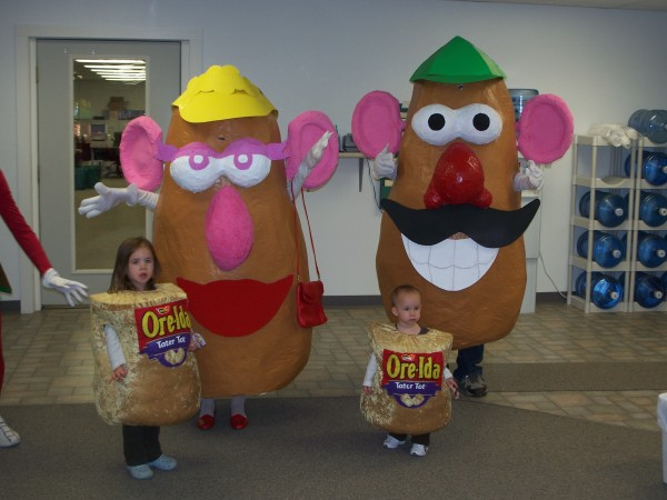 Mr Mrs Potato Head And Their Tater Tots Costumes