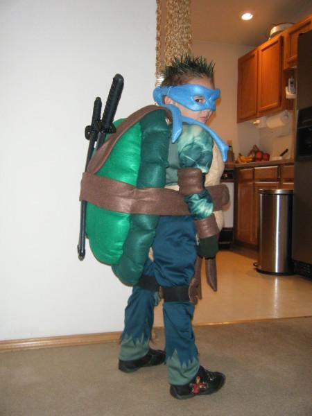 how to make a ninja costume