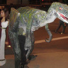 When life gives you empty pizza boxes, make a Velociraptor Costumes