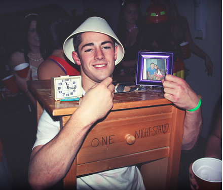 One-Night Stand Costume - CostumePop
