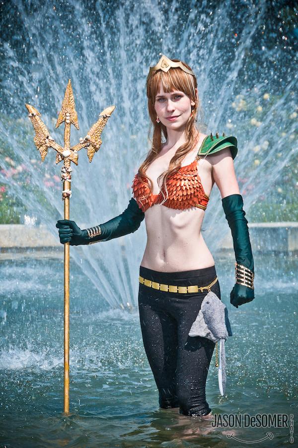Aquawoman Cosplay - CostumePop