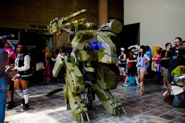 Metal Gear REX Cosplay - Costume Pop