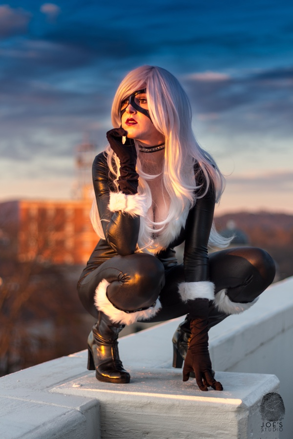 Black Cat Cosplay - CostumePop