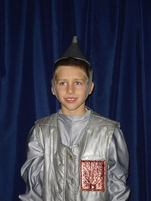 How-to-Make-a-Tin-Man-Costume