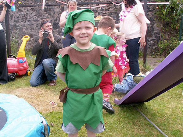 How-to-Make-an-Elf-Costume