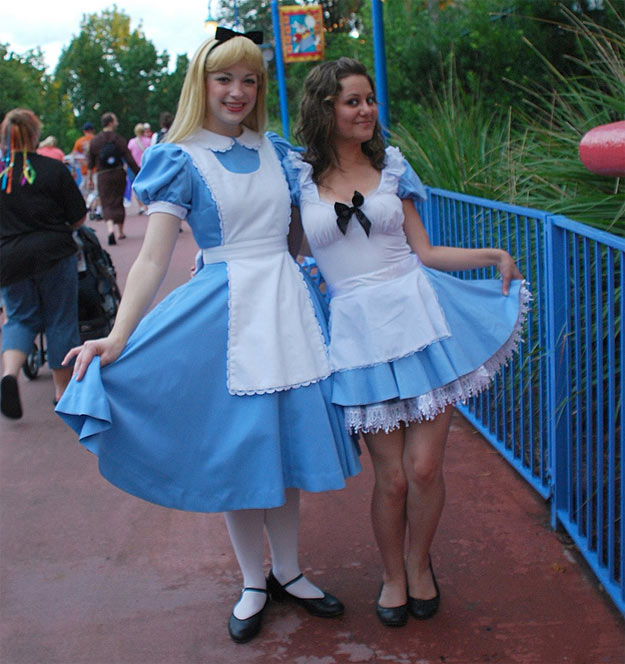 how-to-make-alice-wonderland-costume