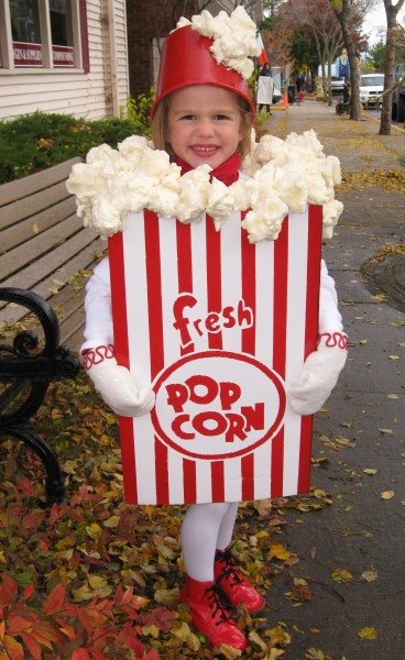 popcorn costume made from moving box
